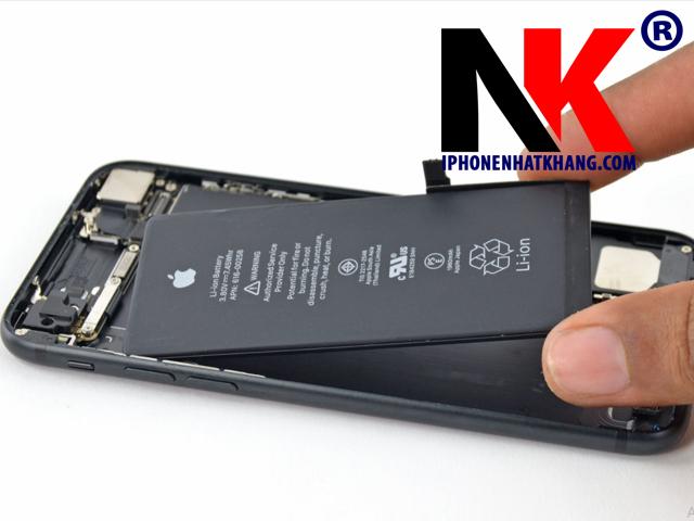 thay pin iphone 7,7 plus tai cu chi